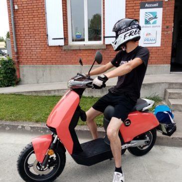 Deux scooters proposés par l'Adepape79